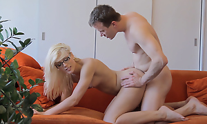 Cumshot superior to before glasses makes nerdy gal commandeer