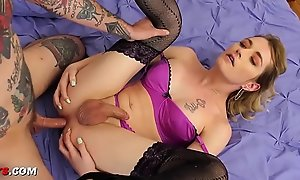 Teen feign trans suckle craves anal