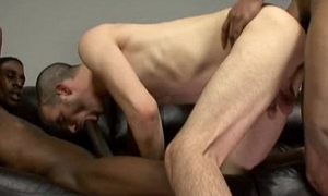 Black sponger fucks white old crumpet 02