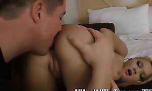 Peaches Teen Dakota Skye Gets Ass Spread and Worshiped on AllAnal