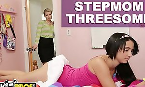 BANGBROS - Stepmom Mandy Sky Has Trine Upon Stepdaughter Courtney Cummz